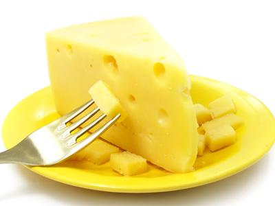 奶酪不能和什么一起吃