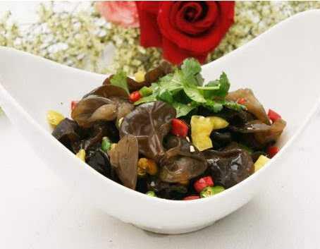 春季长寿菜 10款养生食谱助你长寿保健康