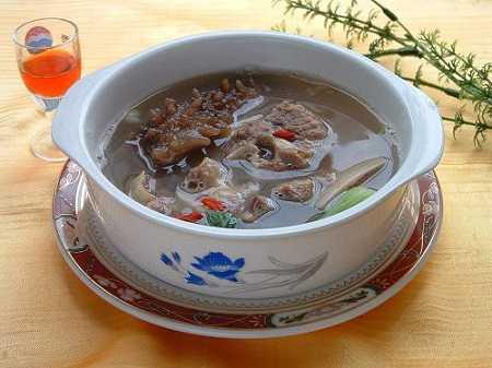 海参羊肉汤