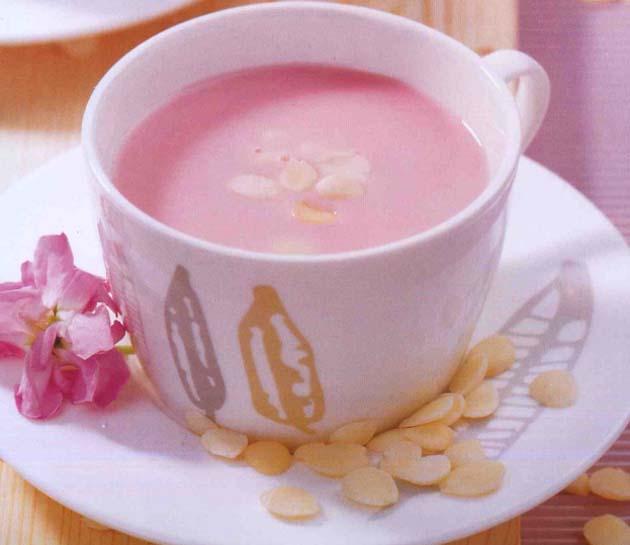 杏仁草莓奶拌早餐做法