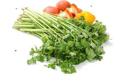 芹菜相克的食物