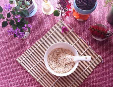 哺乳期吃燕麦会回奶吗图片