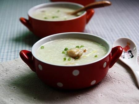 饭前喝汤有助于降低食欲图片