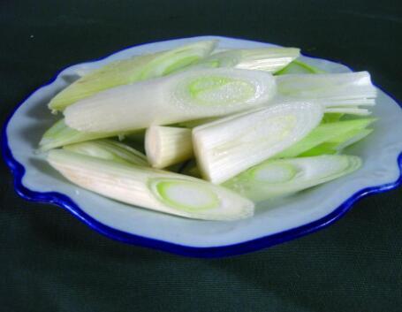 吃大葱也有食用禁忌的