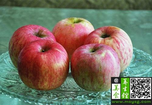 不同颜色苹果 养生功效大不同  (6)