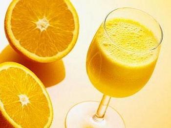 橙子的功效与作用_橙汁的营养功效与宜忌